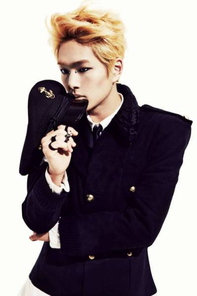 SHINee-Onew_1389493685_af_org